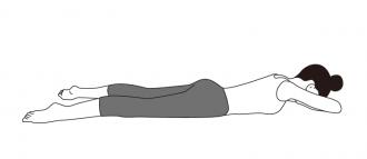 ワニのポーズ(自然呼吸で5呼吸お休み)