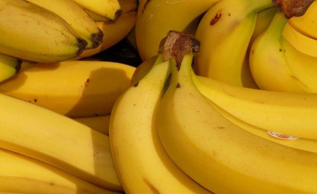 安い!美味い!ヘルシー♡さっぱり飲みやすいバナナミルクの作り方