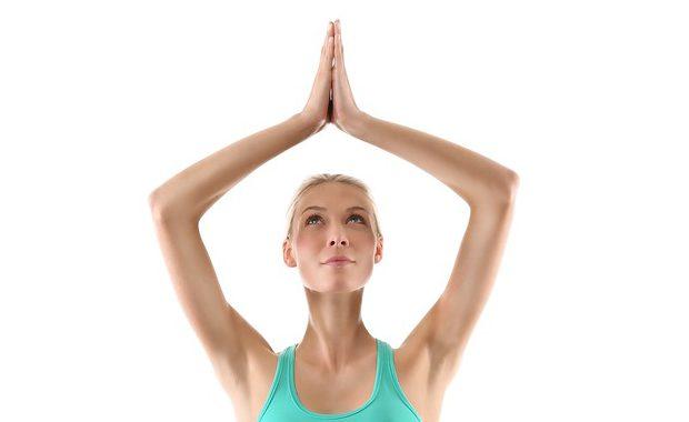 小さな心や体の変化に気づくから♡ヨガでは「体」に意識を向ける理由