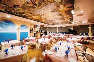 音の響きを踏まえて設計されたレストラン
