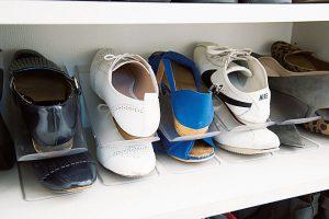 ふだんの靴は収納力アップのグッズを利用
